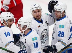 """""""В НХЛ его использовали в прессинге"""". Соперник """"Барыса"""" назвал самого опасного игрока в команде Михайлиса"""