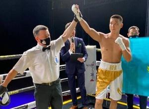 Два казахстанских боксера номинированы на звание лучших по версии WBC