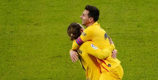 "Месси сделал дубль и принес ""Барселоне"" победу"