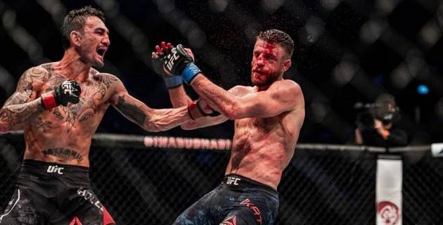 Кровавое побоище! Холлоуэй разгромил соперника в главном бою турнира UFC