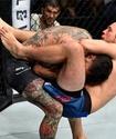 """""""Как он может жить после такого?"""". Гайд по топовым болевым и удушающим в UFC"""