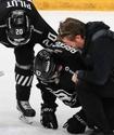 """Конкурент """"Барыса"""" за место в плей-офф КХЛ потерял двух ведущих игроков. Одного сломал Найджел Доус"""