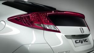 Обнародовано первое фото нового хэтчбека Honda Civic 5D