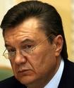 Резиденцию Януковича забросали дымовыми шашками