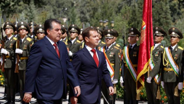 Таджикистан оставил российских военных на 49 лет