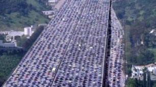В Пекине начнут штрафовать водителей в пробках