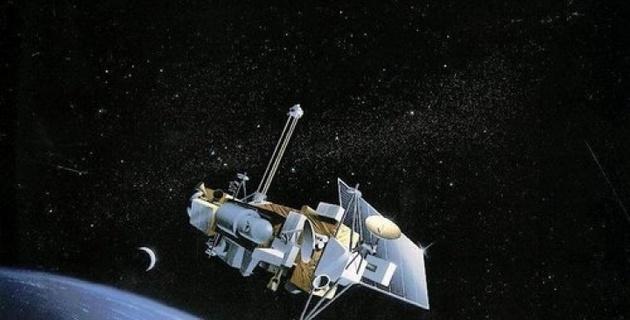Семитонный спутник NASA упадет на Землю в конце сентября