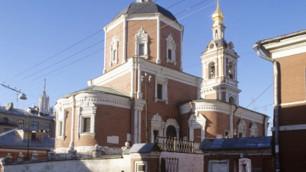 Ограбившего храм Петра и Павла в Москве засняли на видео