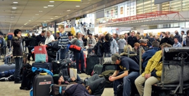 Более 350 российских туристов вновь застряли в Болгарии