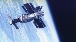 Активность Солнца увеличила число падающих спутников
