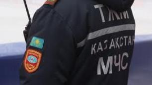 В результате пожара в детской больнице Алматы эвакуировали более 450 человек