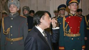 Жириновский призвал засудить Юдашкина за новую форму для солдат