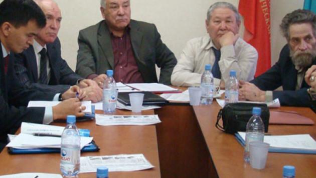 Коммунистическую партию Казахстана ликвидируют