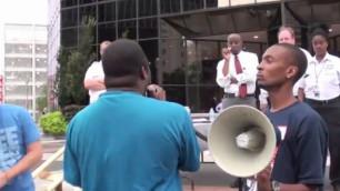 Американские банки дали отпор протестующим