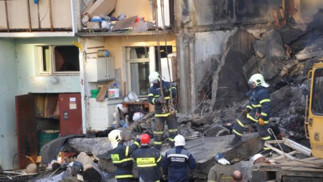 Под завалами взорвавшегося дома в Бронницах нашли третьего погибшего