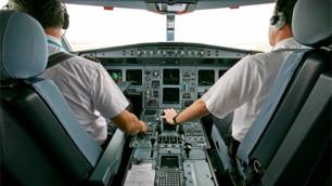 Шведские пилоты спят во время полетов