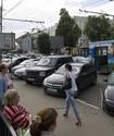 Под Петербургом на остановке мужчина убил ножом двух человек