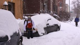 В США из-за снегопада погибли восемь человек