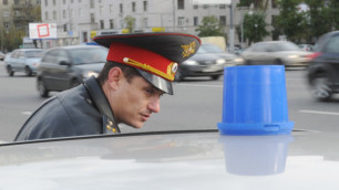 В Санкт-Петербурге задержали полицейского за ограбление подростка