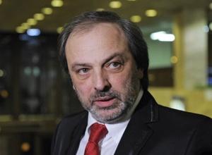 Обвинемый в вымогательстве Борис Краснов пошел на поправку