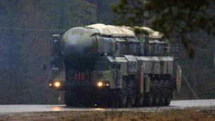 """Российские военные успешно запустили ракету """"Тополь"""""""