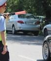В Казахстане дорожным полицейским разрешили не отдавать честь водителям