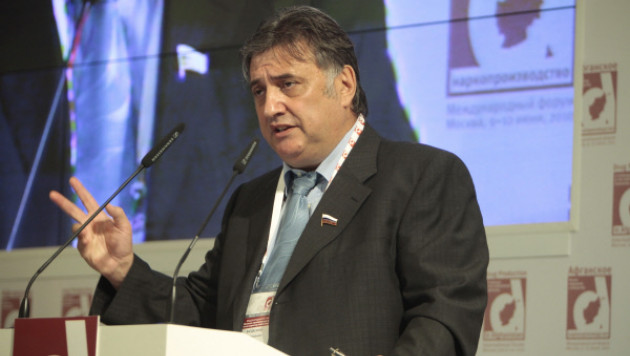 В Госдуме предложили выгнать таджиков в ответ на приговор российскому летчику
