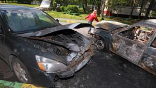 Шесть автомобилей сгорели за ночь в Москве