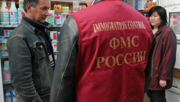 Россия депортирует 100 таджикских мигрантов