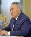 """Назарбаев спустил """"Болашак"""" на землю"""
