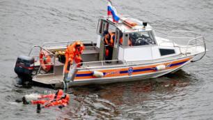 С горящего в порту Москвы теплехода спасены все люди
