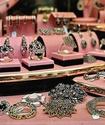 В Санкт-Петербурге ограбили ювелирный магазин