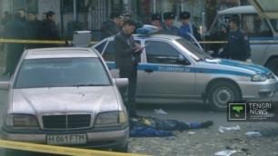 Мать смертника попросила прощения за убийства в Таразе