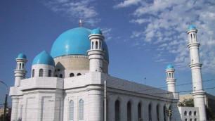 ДУМК не просил мечети потише призывать на намаз