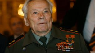 Калашников пожаловался на использование его образа в агитации КПРФ