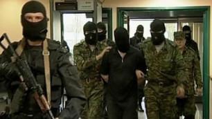 В Интернете появилось видео в раскаянием атырауских террористов