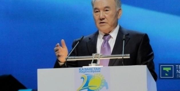 Назарбаев посоветовал казахстанцам воздержаться от развлечений