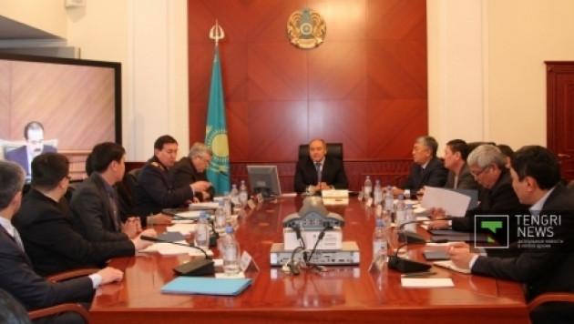 Правительство трудоустроит уволенных нефтяников в Жанаозене