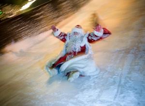 Лучшего Деда Мороза Крыма оштрафовали за превышение скорости