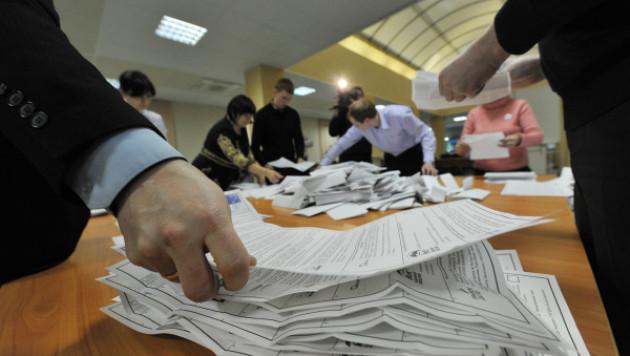 МВД и СК отчитались Медведеву о нарушениях на выборах в Госдуму