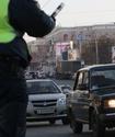 """ВИДЕО: ДПС не оштрафовала стоявшего на """"зебре"""" водителя хабаровского спикера"""