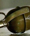 Житель Петербурга бросил гранату в машину обидчика