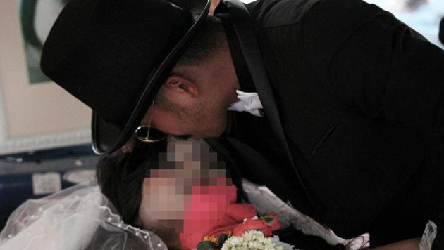 Таец обручился со своей мертвой подругой