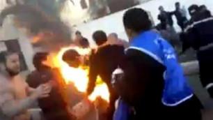 Пять безработных марокканцев подожгли себя в знак протеста