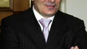 Глава Кабардино-Балкарии вложит в строительство курорта на Эльбрусе миллиард долларов