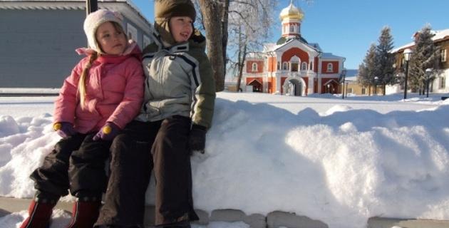 В Астрахани двое пятиклассников спасли тонущего рыбака