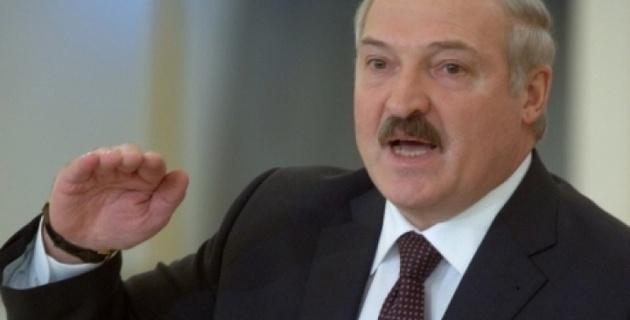 """Лукашенко запретил Нацбанку """"печатать деньги"""""""