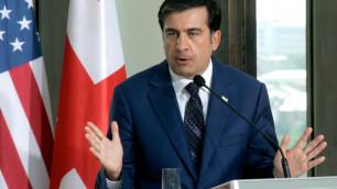 Грузинская оппозиция вытерла ноги о портрет Саакашвили