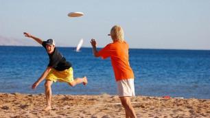 На пляжах Калифорнии ввели штрафы за игру в фрисби
