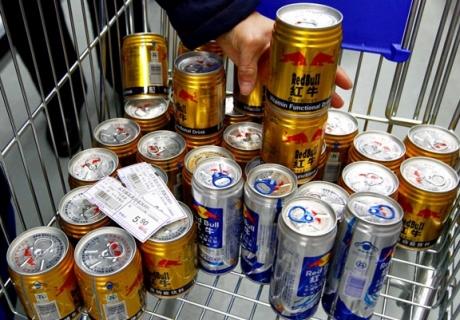 """""""С полок супермаркетов Китая изъяли энергетик Red Bull """""""